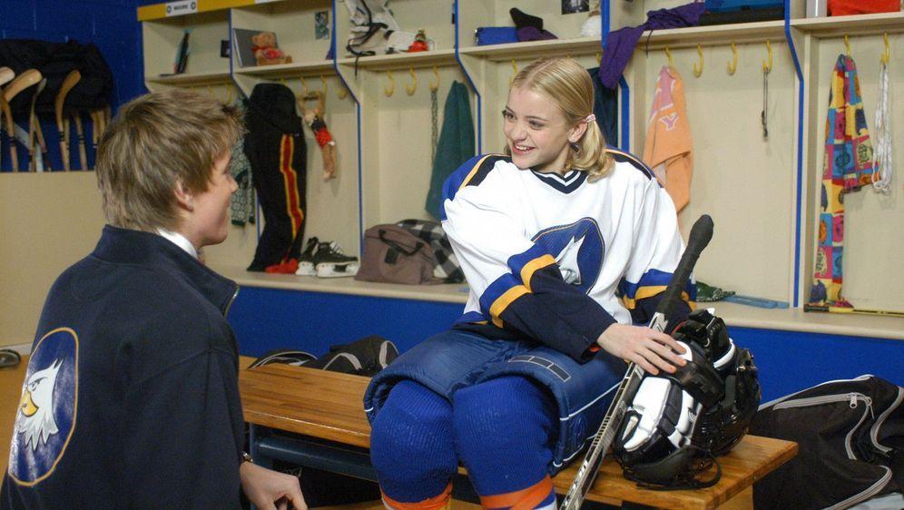 Die Eishockey-Prinzessin - Bildquelle: Foo