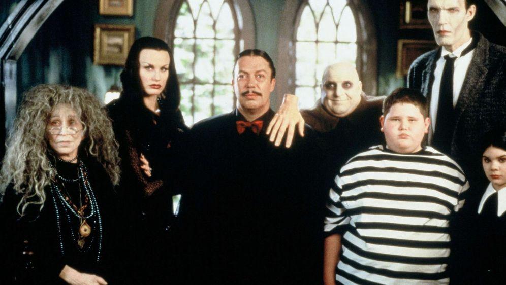 Die Addams Family und die lieben Verwandten - Bildquelle: Foo