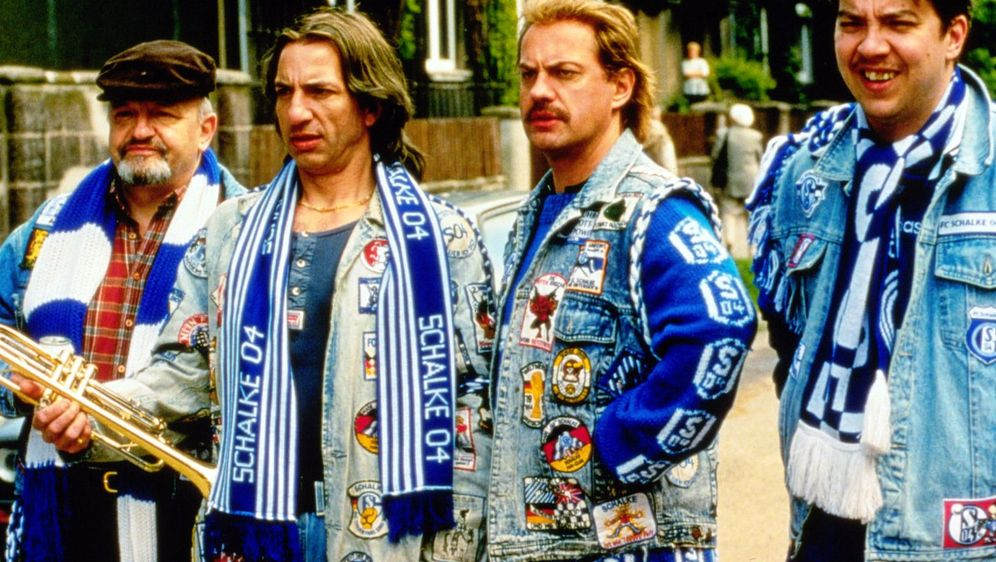 Fußball ist unser Leben - Bildquelle: Foo