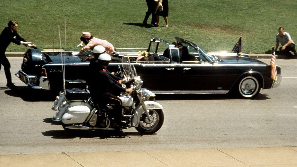 John F. Kennedy - Tatort Dallas - Bildquelle: Foo