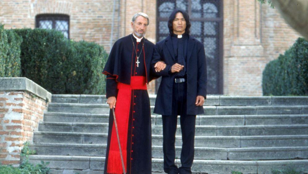 Wes Craven präsentiert Dracula II - The Ascension - Bildquelle: Foo