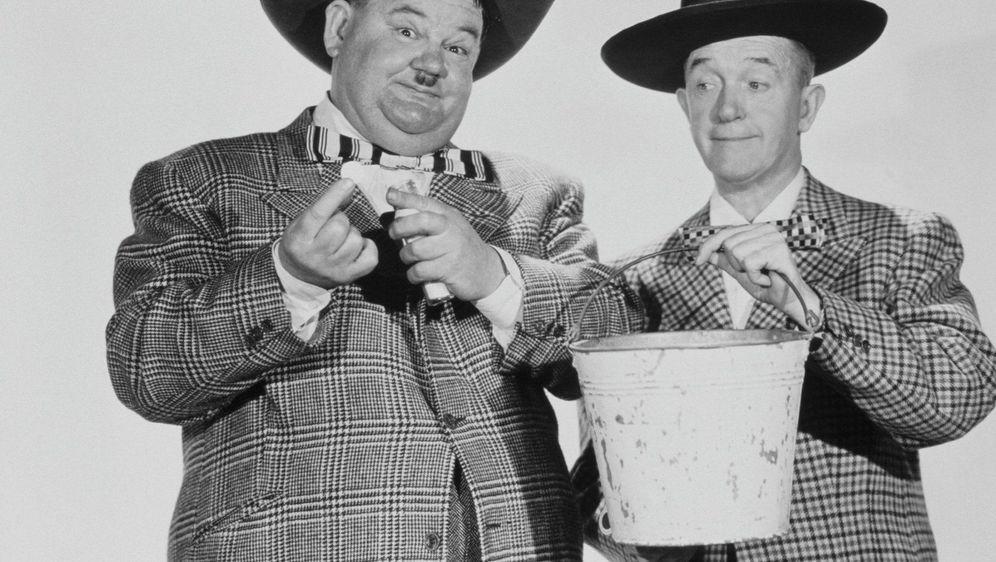 Dick und Doof - Wunderpille - Bildquelle: Foo