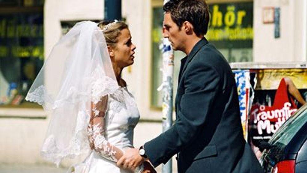 Nur Anfänger heiraten - Bildquelle: Foo