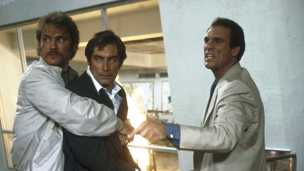 James Bond 007 - Lizenz zum Töten - Bildquelle: Foo