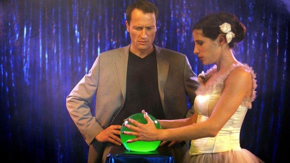 Verhexte Hochzeit - Bildquelle: Foo
