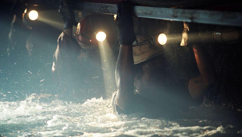Deep Down - Kein Entkommen - Bildquelle: Foo