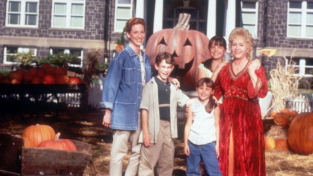 Halloweentown - Meine Oma ist 'ne Hexe - Bildquelle: Foo