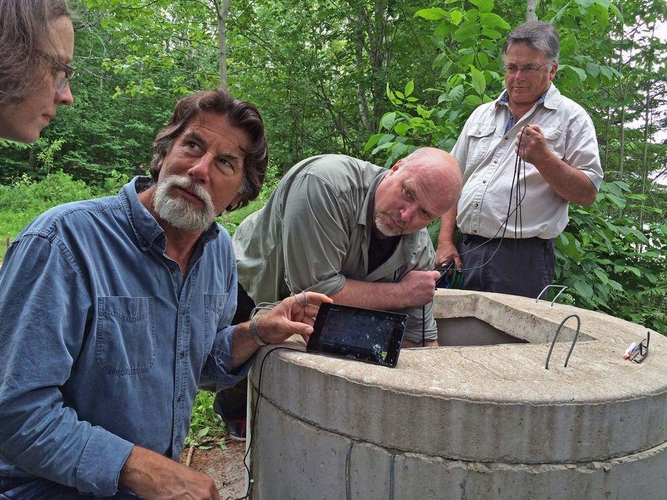 Rick (l.) und Marty kehren auf die Insel zurück und beginnen mit den Vorbere... - Bildquelle: 2016 A&E Television Networks, LLC. All Rights Reserved.