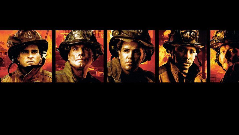Im Feuer - Bildquelle: Foo