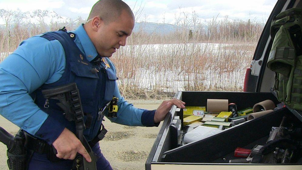 Polizeieinsatz Alaska - Bildquelle: Foo