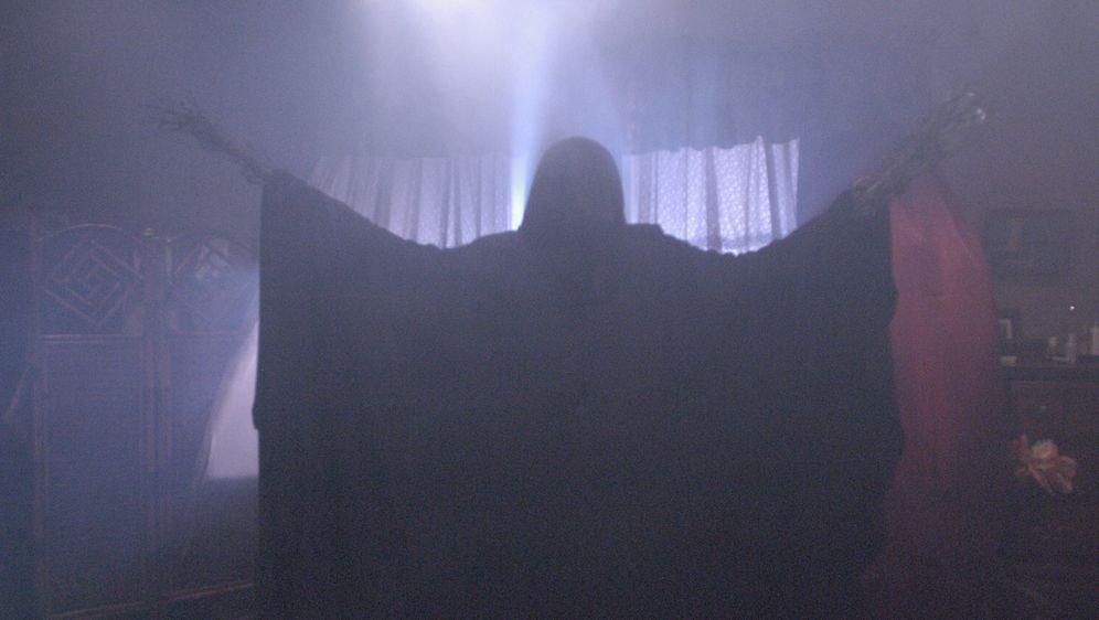 A Haunting - Schatten aus dem Jenseits - Bildquelle: Foo